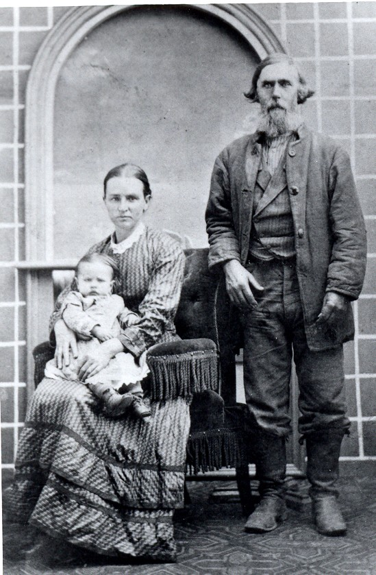 George and Susan (Wilson) Gibbens with daughter Mary Elizabeth